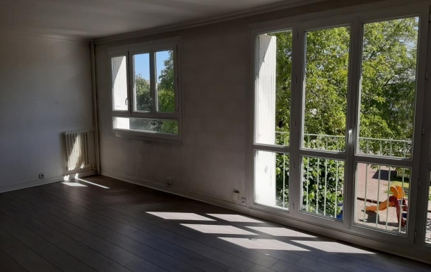 STEPHANE BLOT TRANSACTION : Appartement | CAEN (14000) | 78 m2 | 775 €